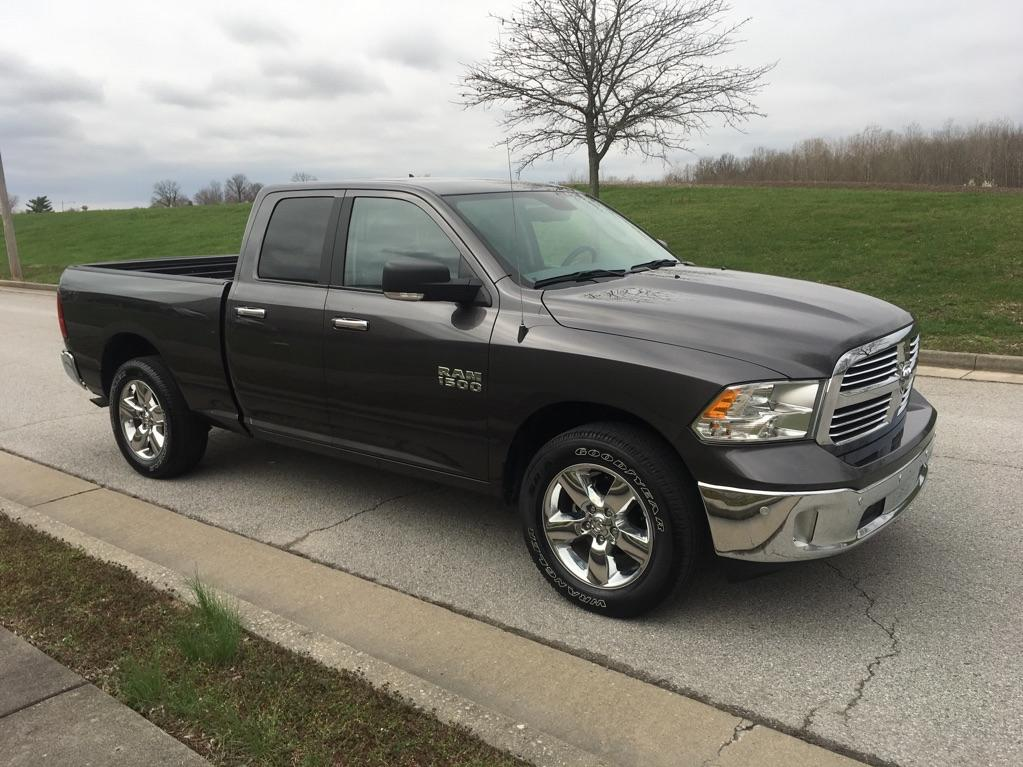 Pre-Owned 2018 Ram 1500 SLT 4x4 Quad Cab 140 in. WB