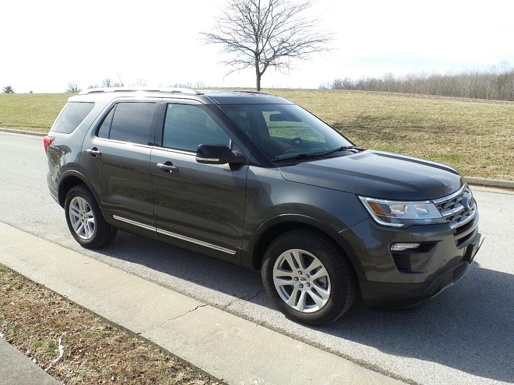 Pre-Owned 2018 Ford Explorer XLT 4x4