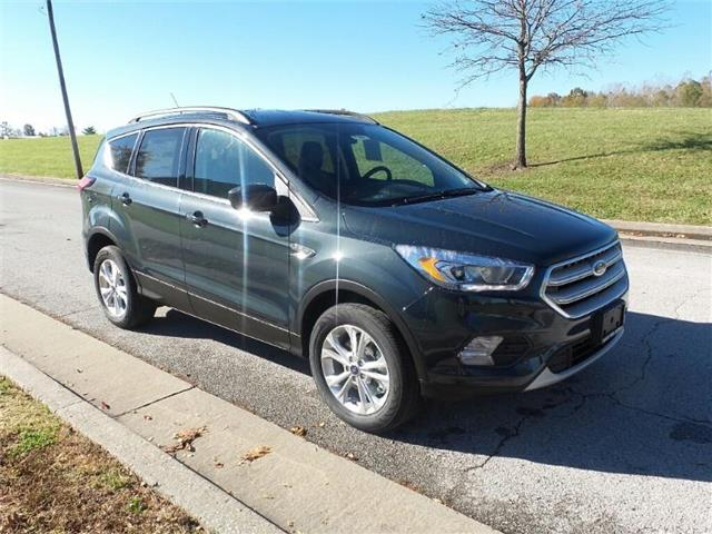 New 2019 Ford Escape SEL 4x4