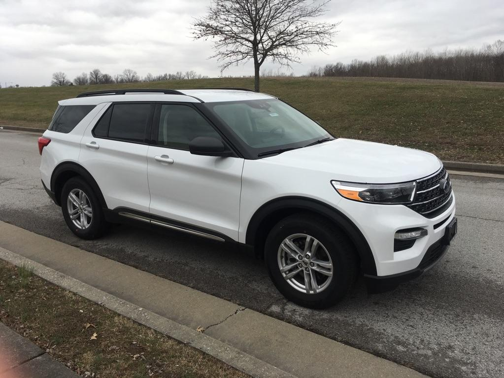 New 2020 Ford Explorer XLT 4x2