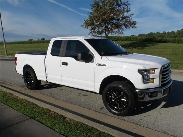 Pre Owned 2017 Ford F 150 Xl 4x2 Supercab Styleside 6 5 Ft Box