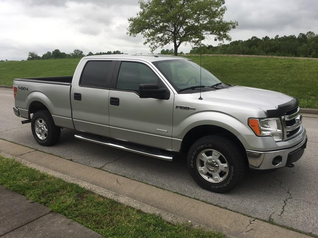 Pre-Owned 2014 Ford F-150 XLT 4x4 SuperCrew Cab Styleside 5.5 ft.