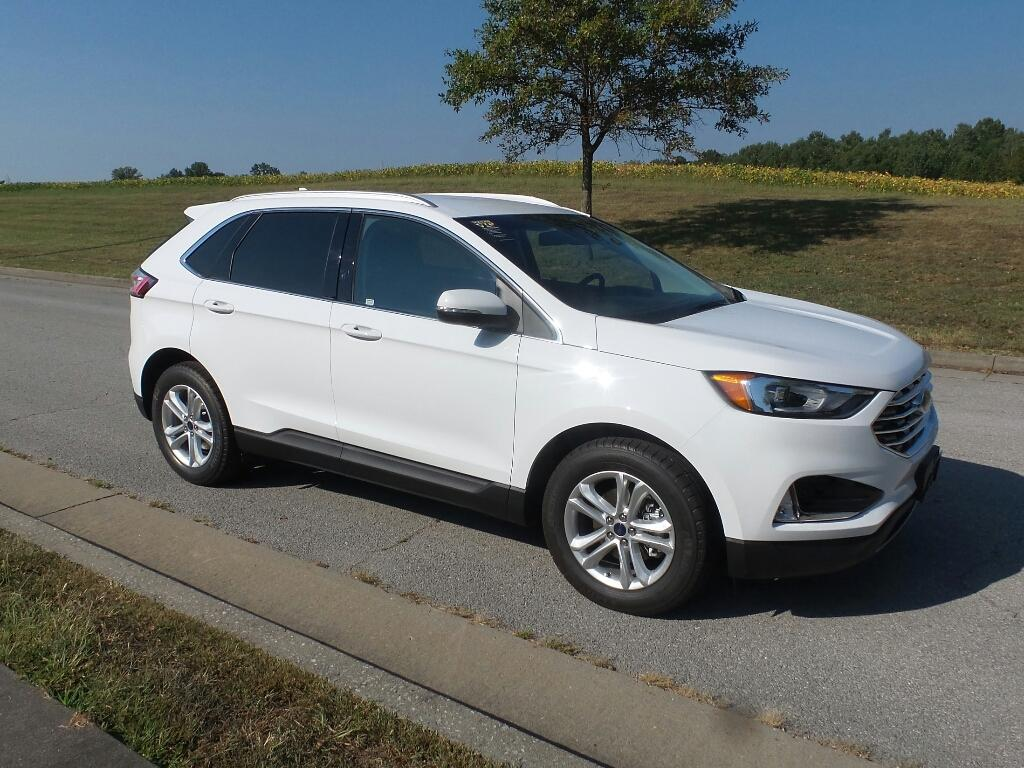 Pre-Owned 2019 Ford Edge SEL Front-wheel Drive