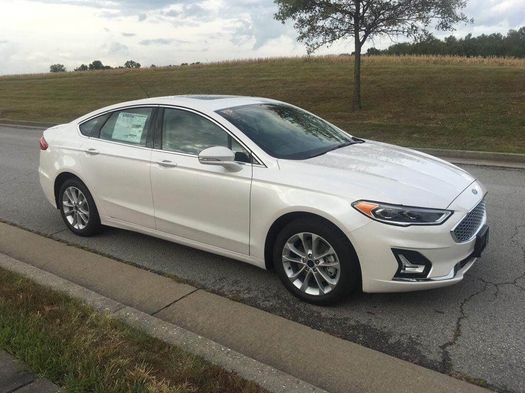 New 2020 Ford Fusion Energi Titanium Front-wheel Drive Sedan