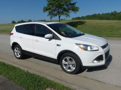 Pre-Owned 2016 Ford Escape SE 4x4