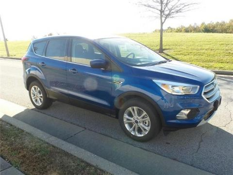New 2019 Ford Escape SE 4x4
