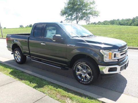 New 2018 Ford F-150 XLT 4x4 SuperCab Styleside 6.5 ft. box 1
