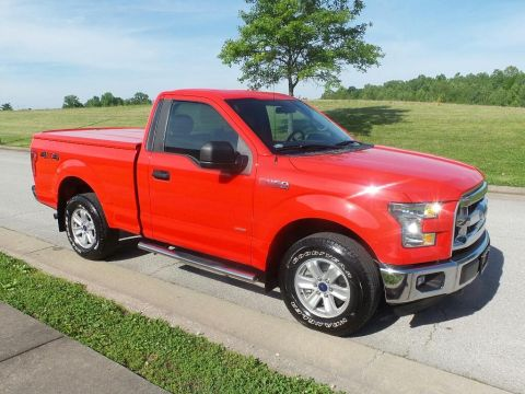 Pre-Owned 2016 Ford F-150 XLT 4x4 Regular Cab Styleside 6.5 ft. bo