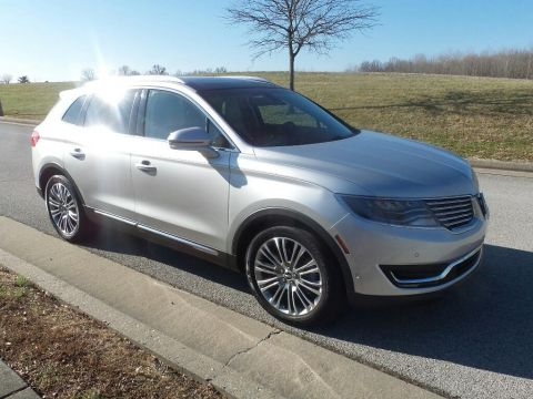 Pre-Owned 2016 Lincoln MKX Reserve Front-wheel Drive