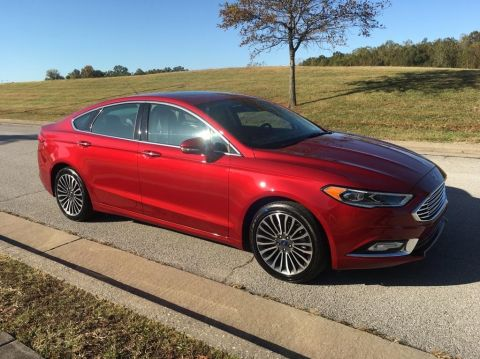 Pre-Owned 2017 Ford Fusion SE Front-wheel Drive Sedan