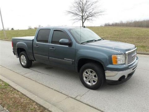 Pre-Owned 2009 GMC Sierra 1500 SLT 4x2 Crew Cab 5.75 ft. box 143.5 in. WB